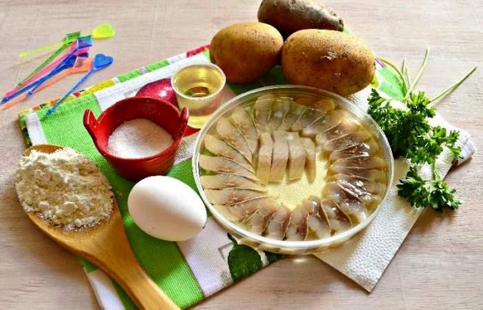 Рецепт Картофельные канапе с сельдью шаг-1