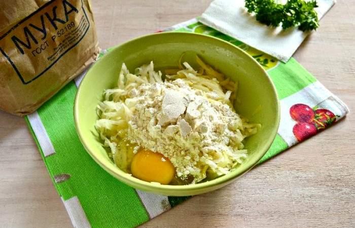 Рецепт Картофельные канапе с сельдью шаг-5