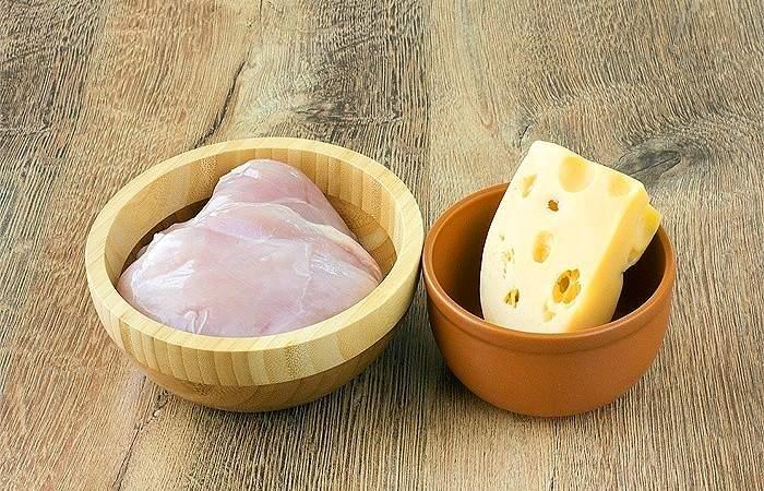Рецепт Рулеты из индейки с сыром шаг-1