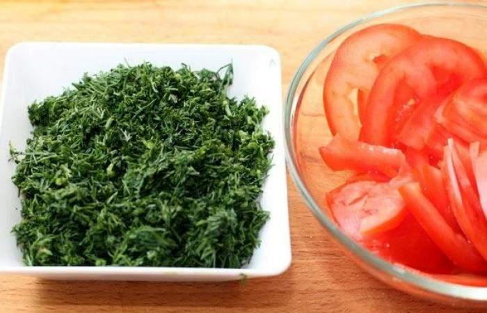 Рецепт Рулетики из баклажанов с помидорами  шаг-2