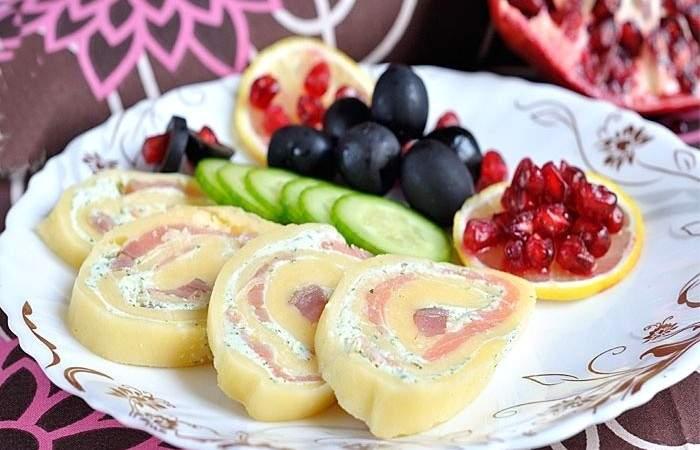 Готовим Закуски Сырный рулет с творогом и семгой