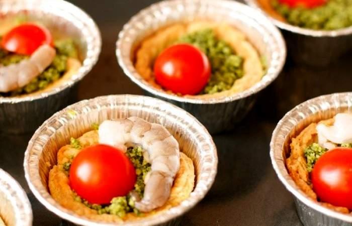Рецепт Тарталетки с соусом песто и креветками шаг-10