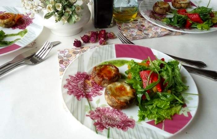 Рецепт Запеченные шампиньоны с сыром и овощами шаг-5