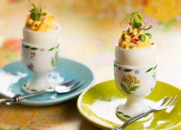 Готовим Праздники Фаршированные яйца с редисом