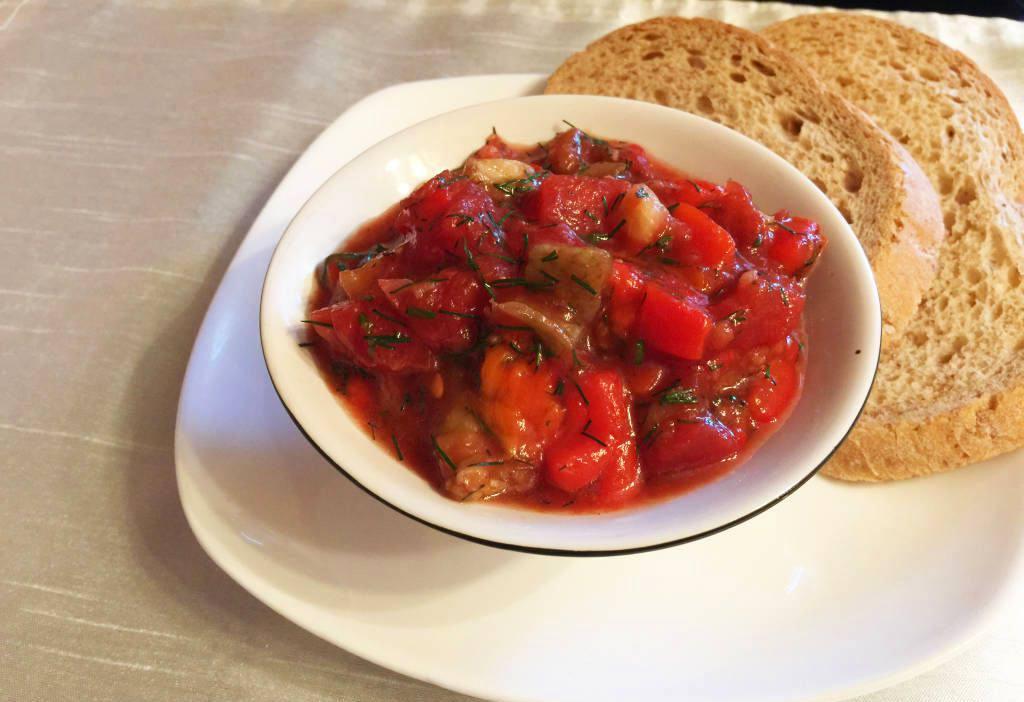 Готовим Закуски Икра из баклажанов и помидоров кусочками