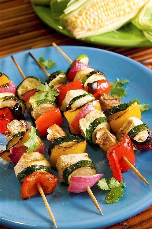 Жареные овощные шашлычки с грибами и соусом якитори