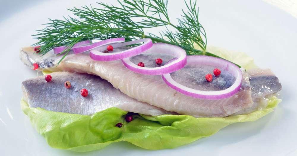 Рыба соленая и маринованная