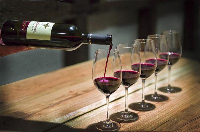 Ошибка №3: думать, что все вина с пластиковыми пробками некачественные